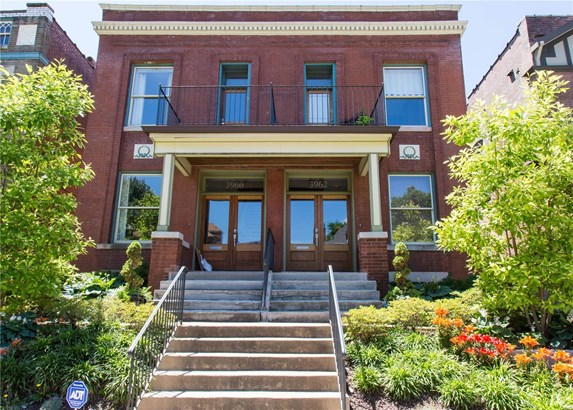 Other, Historic,Traditional,Townhouse - St Louis, MO (photo 1)