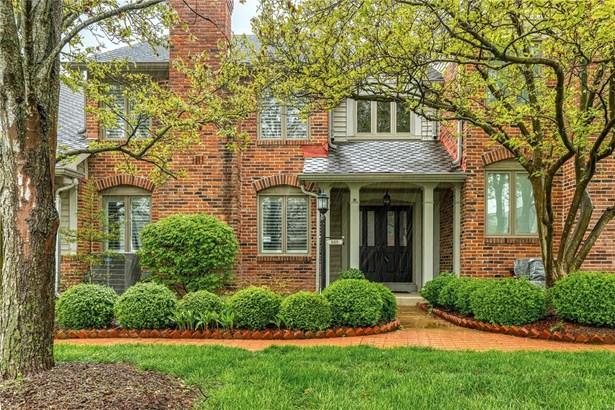 Villa, Traditional,Villa - Chesterfield, MO