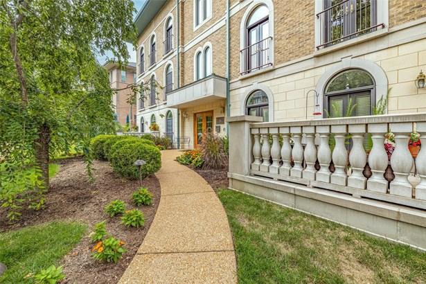 Condo,Villa, Traditional,Villa - St Louis, MO