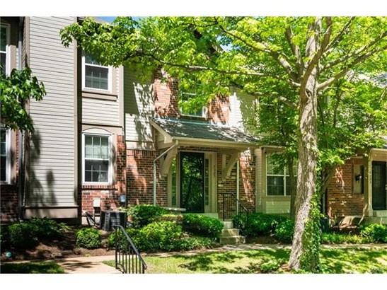Condo,Condo/Coop/Villa, Traditional - St Louis, MO (photo 1)