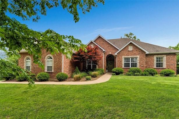 Residential, Traditional,Ranch - High Ridge, MO (photo 1)