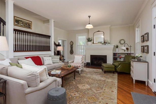 Colonial,Traditional, Residential - Kirkwood, MO (photo 4)