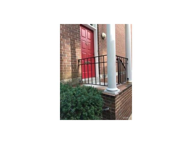 Condo,Villa,Condo/Coop/Villa, Contemporary,Townhouse - St Louis, MO (photo 2)