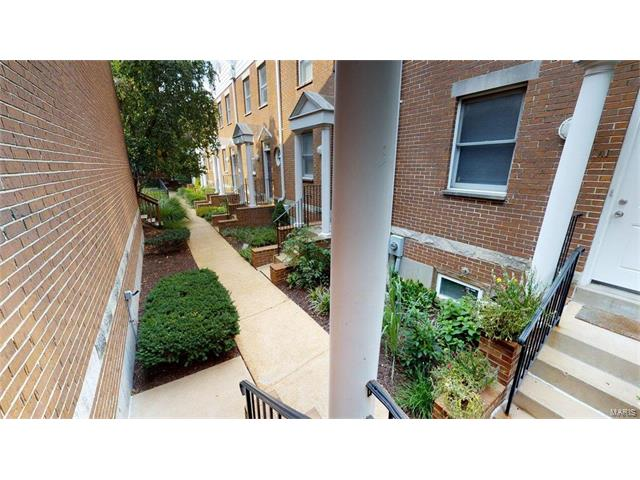 Condo,Villa,Condo/Coop/Villa, Contemporary,Townhouse - St Louis, MO (photo 3)