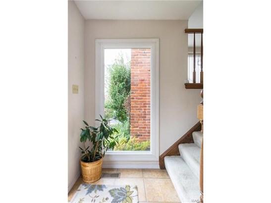 Condo,Condo/Coop/Villa, Traditional,Split Foyer - Chesterfield, MO (photo 3)