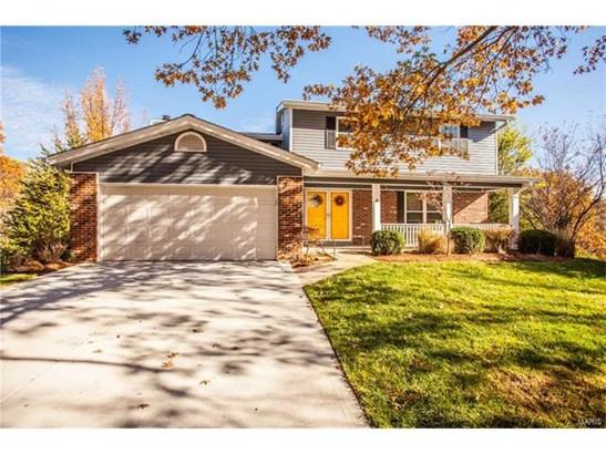 Residential, Traditional - Ballwin, MO (photo 2)