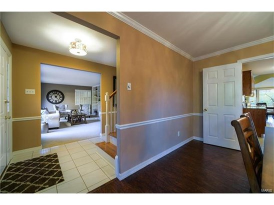 Residential, Colonial - Creve Coeur, MO (photo 4)