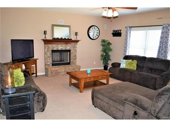 Residential, Traditional - Wentzville, MO (photo 3)