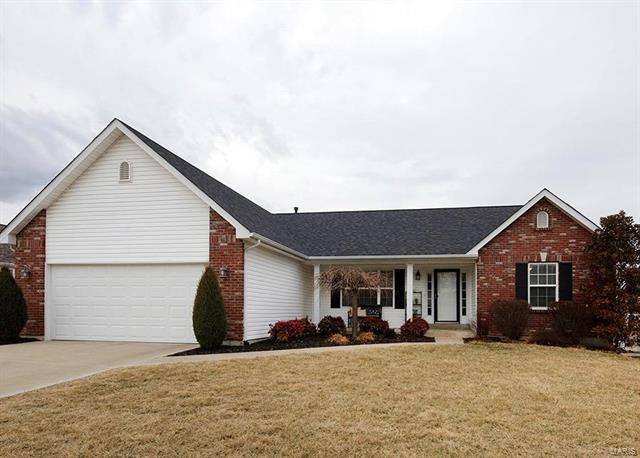 Residential, Traditional,Ranch - St Charles, MO (photo 1)