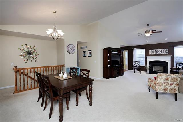 Residential, Traditional,Ranch - St Charles, MO (photo 4)