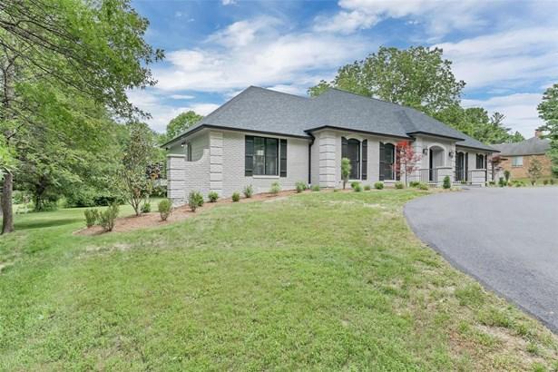 Residential, Contemporary,Traditional - Ballwin, MO (photo 3)