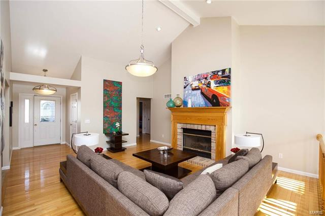 Residential, Traditional,Atrium - O'Fallon, MO (photo 4)