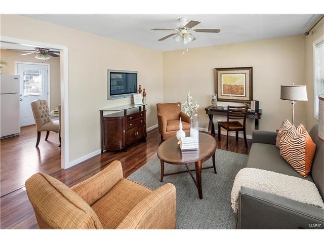 Residential, Colonial,Ranch - Ballwin, MO (photo 4)