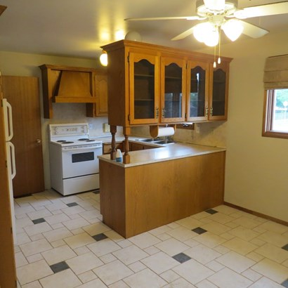 357 Wyndale, Thunder Bay, ON - CAN (photo 2)
