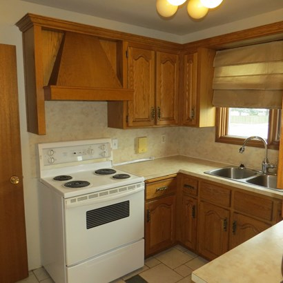 357 Wyndale, Thunder Bay, ON - CAN (photo 3)