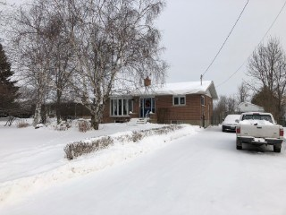 3690 Smith Rd, Kingston, ON - CAN (photo 1)
