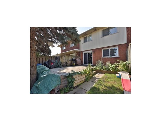 2079 Meadowbrook Road 3, Burlington, ON - CAN (photo 5)