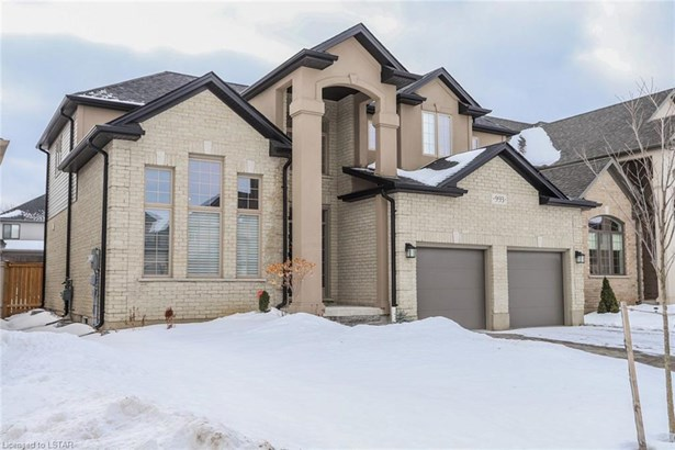 993 Gleneagle Trail, London, ON - CAN (photo 3)