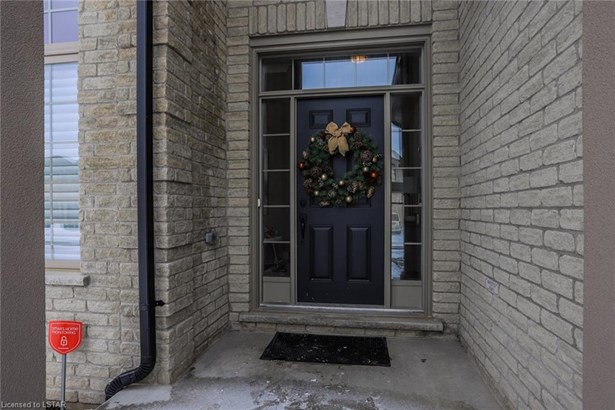 993 Gleneagle Trail, London, ON - CAN (photo 4)