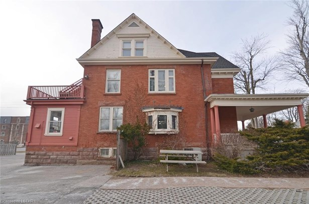 521 Colborne Street, London, ON - CAN (photo 3)