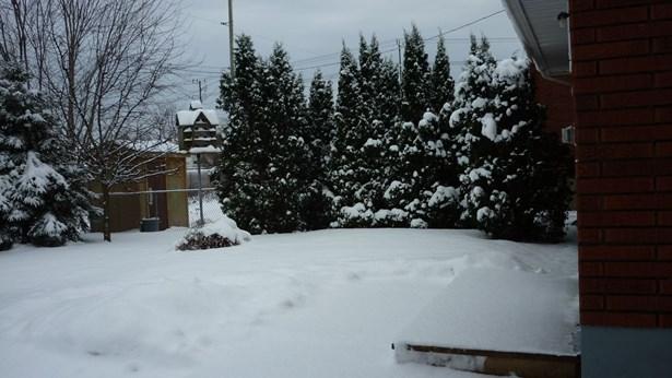 128 Edward, Thunder Bay, ON - CAN (photo 3)