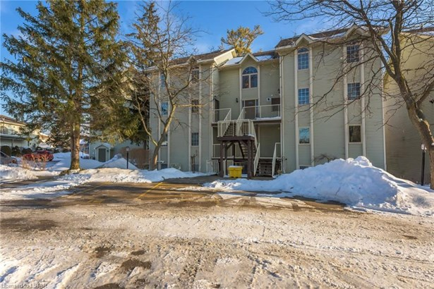 40 Ontario Street 9, Grand Bend, ON - CAN (photo 1)