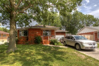 200 S Indian Rd, Sarnia, ON - CAN (photo 1)