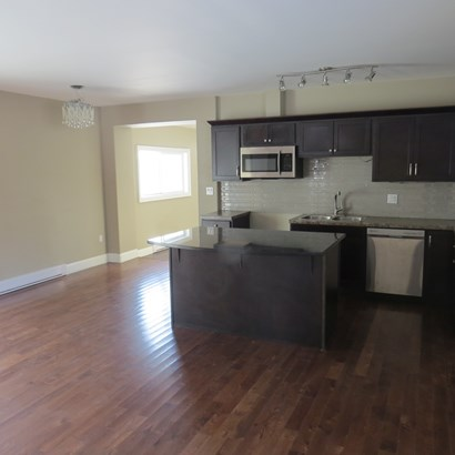 121 Lancaster, Thunder Bay, ON - CAN (photo 4)