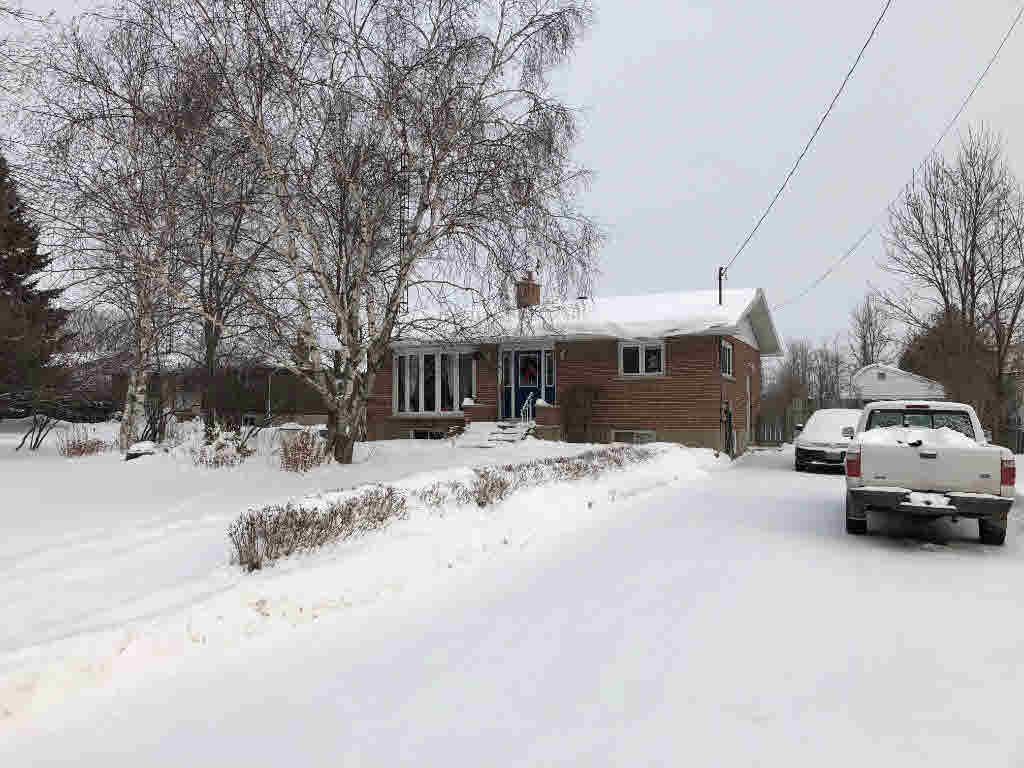 3690 Smith Road, Kingston, ON - CAN (photo 1)