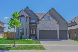 15 Maplewood La, Ilderton, ON - CAN (photo 1)