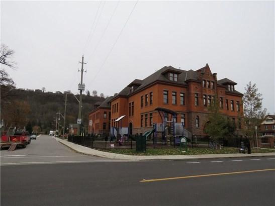 200 Stinson Street 315, Hamilton, ON - CAN (photo 2)