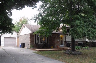 1062 Laurier Cres, Sarnia, ON - CAN (photo 1)