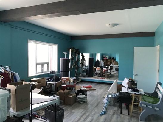 215 Van Norman 2nd Floor, Thunder Bay, ON - CAN (photo 3)