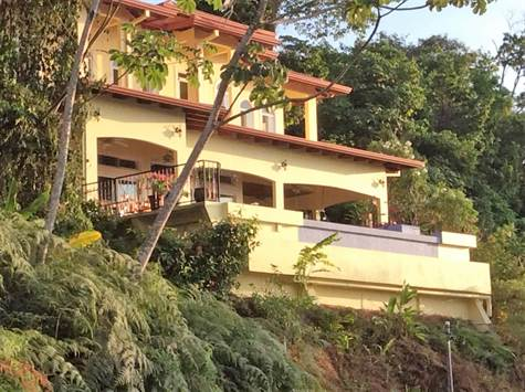3 Bedroom Whales Tail With Stunning Sunset Views, Bahia Ballena - CRI (photo 1)