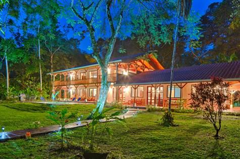 Sea Front Restaurant And Cabins, Villiage Of Coron, Uvita - CRI (photo 4)