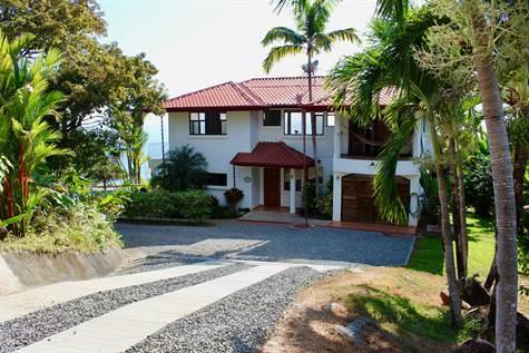 Luxury 5 Bedroom Ocean View Estate, Dominical - CRI (photo 4)