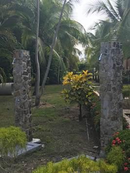 2 Bedroom Condo, In Great Hotel, Near Quepos, And , Quepos - CRI (photo 5)