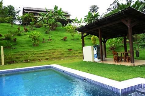 Popular Restaurant, Hotel, Owners Home, Mamas Y Pa, Ojochal - CRI (photo 1)