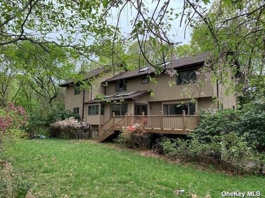 Single Family Residence, Contemporary - Stony Brook, NY