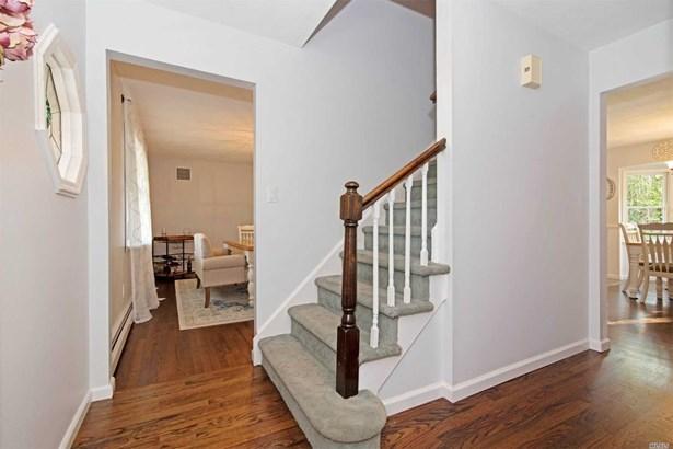 Residential, Colonial - E. Setauket, NY (photo 2)