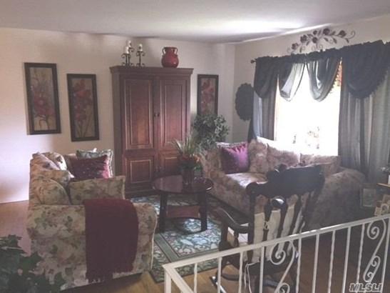 Residential, Hi Ranch - E. Setauket, NY (photo 2)