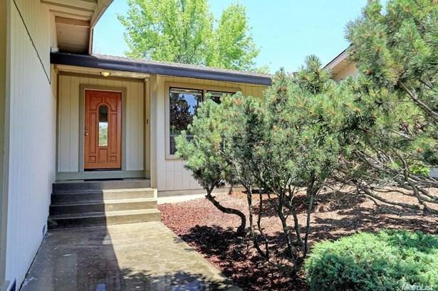 8301 Olive Hill Court, Fair Oaks, CA - USA (photo 2)