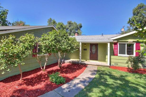 6141 Parkoaks Drive, Citrus Heights, CA - USA (photo 2)