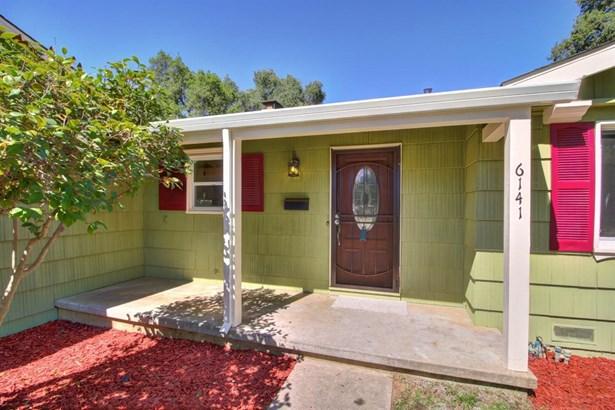 6141 Parkoaks Drive, Citrus Heights, CA - USA (photo 3)