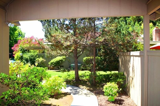 921 Commons Drive, Sacramento, CA - USA (photo 3)