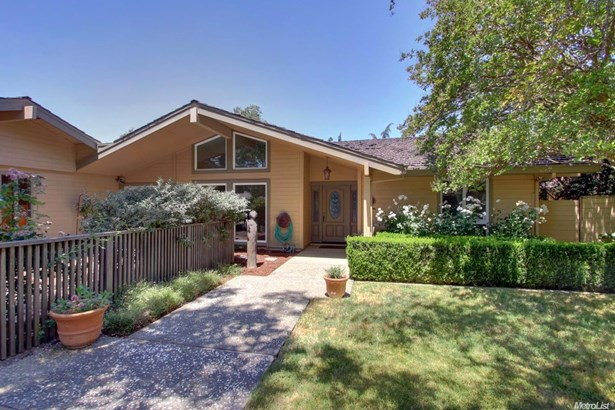 44598 Country Club Drive, El Macero, CA - USA (photo 2)