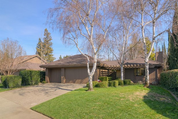 11517 Hesperian Circle, Gold River, CA - USA (photo 2)