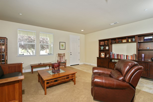 2320 Foster Court, Woodland, CA - USA (photo 3)