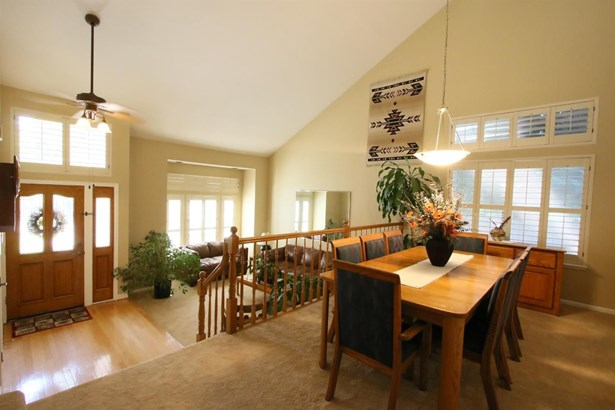 1601 Clarewood Drive, Roseville, CA - USA (photo 5)
