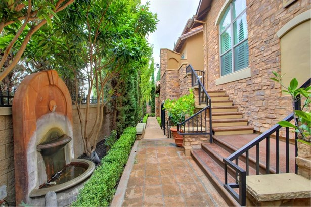 2430 Pavilions Place Lane 611, Sacramento, CA - USA (photo 3)